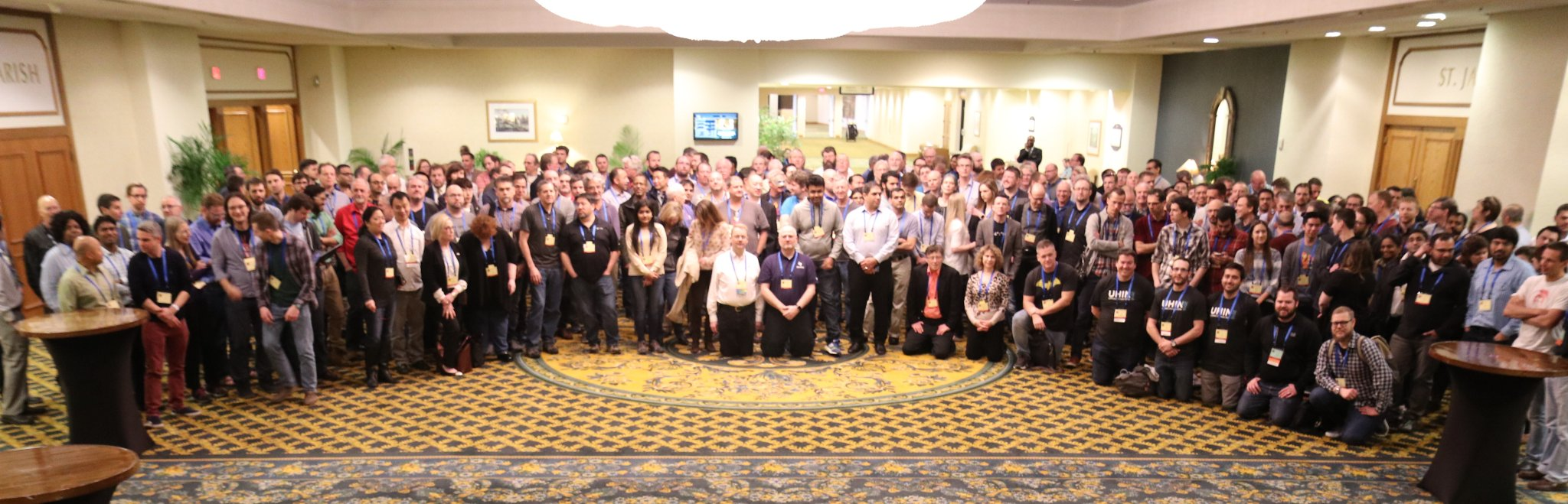 fhir-connectathon-17-new-orleans-group-picture-credit-HL7.jpg